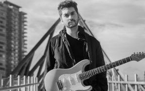 Conoce la delicadeza instrumental de Cristóbal Sanhueza [CLSK Bandas]