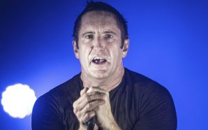 "Nine Inch Nails sale del silencio estrenando ""Burning Bright (Field…"